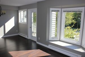 For rent, Bright newly renovated 2 level Condo in great location