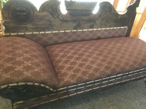 1930's fainting couch