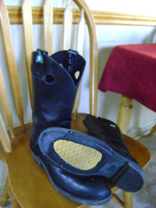 Mens sz 9 and 91/2 Riding Boots