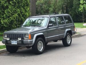 1994 Jeep Cherokee Country 4X4 XJ 201KM, Clean, Solid