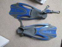 DIVING ,SNORKELLING FLIPPERS