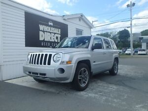 2009 Jeep Patriot SUV FWD 2.4 L