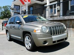 2008 Jeep Compass Ltd / 2.4L I4 / Auto / 4x4 **Afforable!**