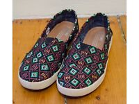 Toms Avalon Woven
