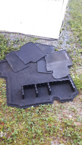 Vw floor mats and trunk mat