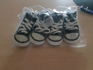 Brand new dog shoes for (medium dogs)