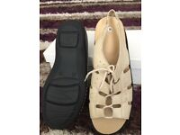 Sandals, slippers, boots, Tena lady pants