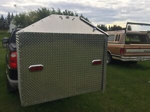 ENCLOSED POWERED STORAGE BOX FOR BACK OF RV