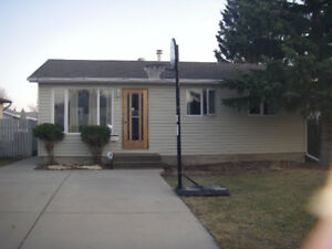 242 Waterloo Crescent, Saskatoon, SK - EAST COLLEGE PARK