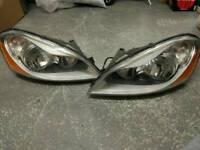 R + L Continental Volvo XC60 headlights