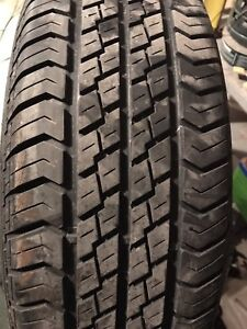 Motomaster 235/75r15 all season tires