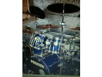 excellent drummer looking for guitars+vocals top covers band,10cc,kravitz,elo,genisis,darts,pistols