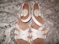 Clarks ladies sandal size 6