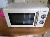 Swan 800w microwave