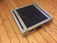 Flight Case 2u - Very Sturdy 2 unit Rack Case - can deliver locally