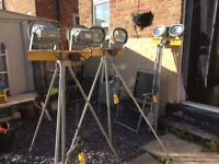 3 double elite led lights on telescopic tripod