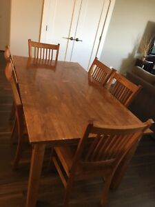 6 seat wood table