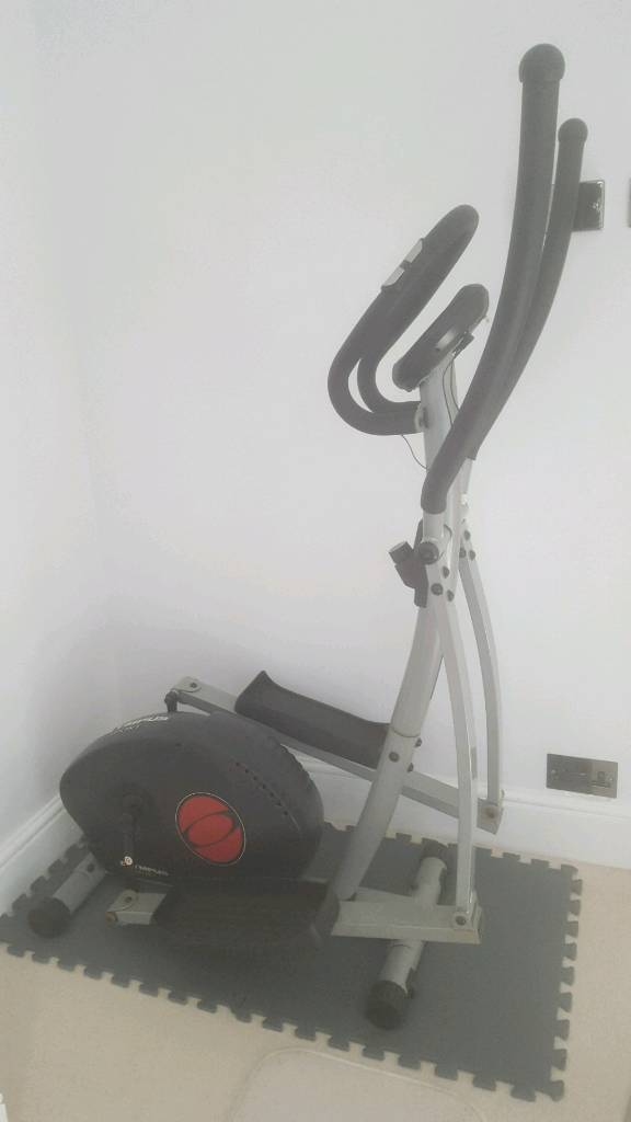 Cross trainer FREE TO COLLECTin St Annes, BristolGumtree - Cross trainer free to collect due to electrics not working. It still works but set on 1 setting. Collection only