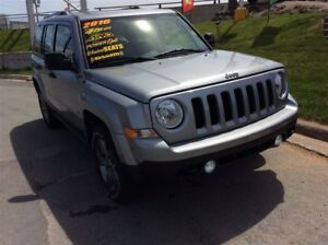 2016 Jeep Patriot SPECIAL PACKAGE/BLACKED OUT WHEELS/ONLY 9800KM