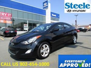 2013 Hyundai ELANTRA GLS with Sunroof Alloys heated seats front