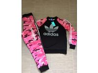Ladies medium 10/12 tracksuit brand new