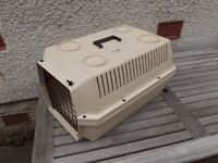 Pet Voyageur 300 Medium Transport Box, Crate, Carrier for 2 Cats, or a Small or Medium Dog