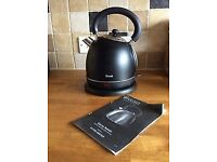 Swan black retro dome kettle