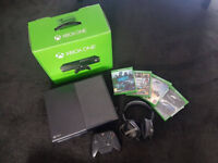 XBOX ONE Boxed with 4 games