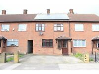 Spacious 3 Bedroom house with Solar panels,Drive way,close to Hainault Station(Centeral line)