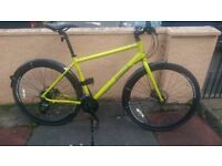 £270 ono. Excellent condition Pinnacle Lithium 3 hybrid bike with hydraulic brakes.