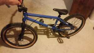 3 year old United Recruit bmx Bike like new