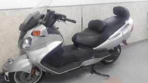Suzuki Burgman 650 24000 KM comme neuve