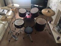 Pearl Forum Series 5 piece Drum Kit.