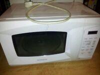 Daewoo 700w microwave In working order