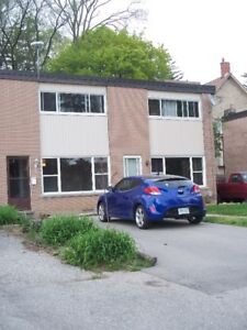 NEWLY RENO'D 2 BEDROOM, END UNIT TWNHOUSE IN CAMB. NEW KITCHEN!