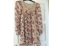 Size 14/M Ladies Patterned Tops