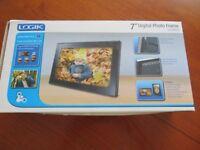 """Logik 7"""" Digital Photo Frame"""