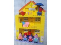 Large Peppa Pig House Duplo Style Construction Building Set + Figures