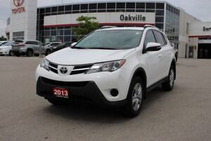 2014 Toyota RAV4 LE w/ Bluetooth & Back Up Camera