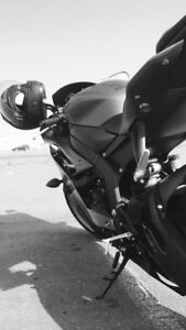 2014 Yamaha R6  very low Kms
