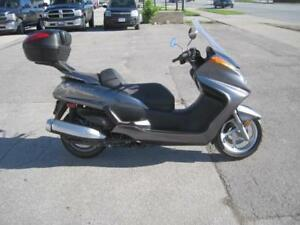 Preowned 2010 Yamaha Majesty 400 Low kms + Certified