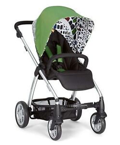 High End Mamas and Papas Sola Stroller with Rain Cover!