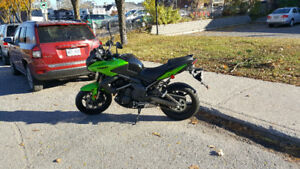 KAWASAKI Versys 650 ABS - Green 2014, LIKE NEW!! MINT Condition