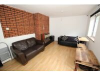 3 bedroom house in HUNTS ClOSE Hunts Close, Luton, LU1