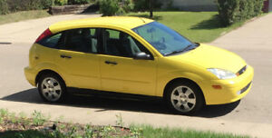 2002 Ford Focus ZX5 Hatchback Bright Yellow