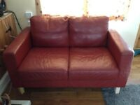 FREE - Retro look 2 seater Sofa - Burgundy colour - Wooden feet - Good project