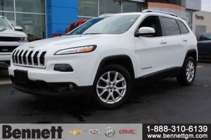 2015 Jeep Cherokee North - Great on gas