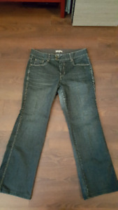 Jeans AE Sport extensible, size 14