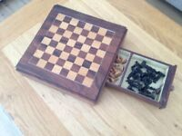 Beautiful handmade chess set and board (Warmley Bristol BS30)