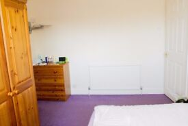 Double Room to Rent Close to Town Centre - Bus & Train Station. All Bills Included + Weekly Cleaner